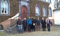 2. Acht Dörfer bewarben sich um eine Teilnahme an dem Projekt. Im Februar fiel die Entscheidung auf die Dörfer Elsenborn, Manderfeld und Wallerode.